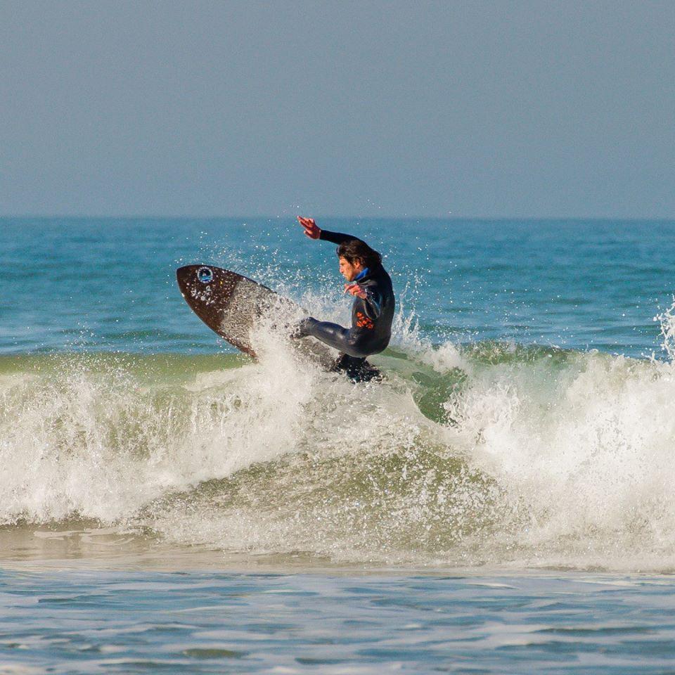 Les cours et stage de surf ANS